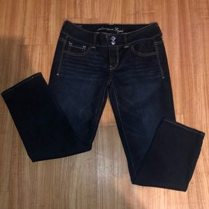 NWOT American Eagle Dark Wash Skinny Jeans